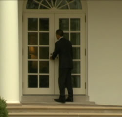 Barack Obama locked out of White House