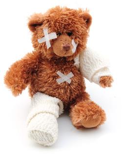 Injured Teddy Bear © claireliz - Fotolia.com