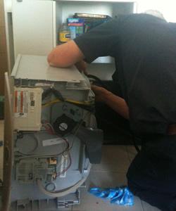 Dishwasher Repair Man